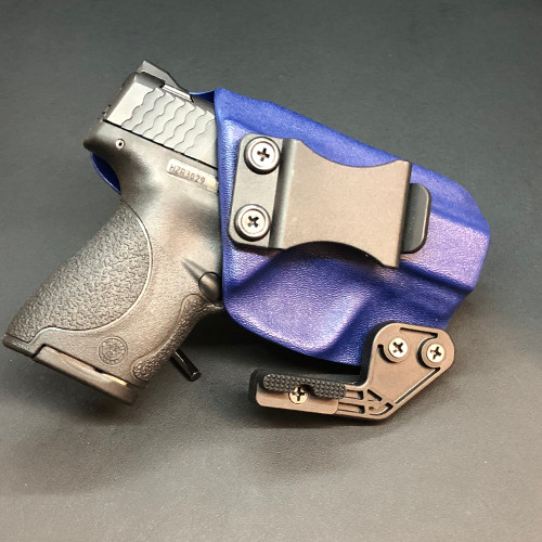 Smith and Wesson Shield .40 Caliber Optional Concealment Claw | Holster Police Blue | Beardsmen Tactical Holsters | Lakeland, FL
